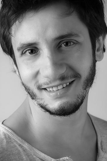 rikar-gil-actor