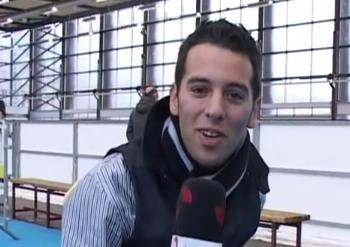 David-Hernandez-microfono